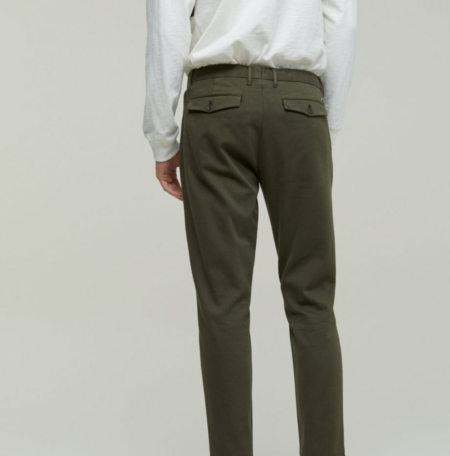Chino Devon_Slim_Closed_Chard_Green_4