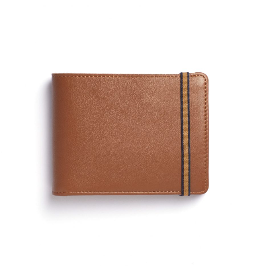 la901-gold-minimalist-wallet-with-coin-pocket-front-scaled