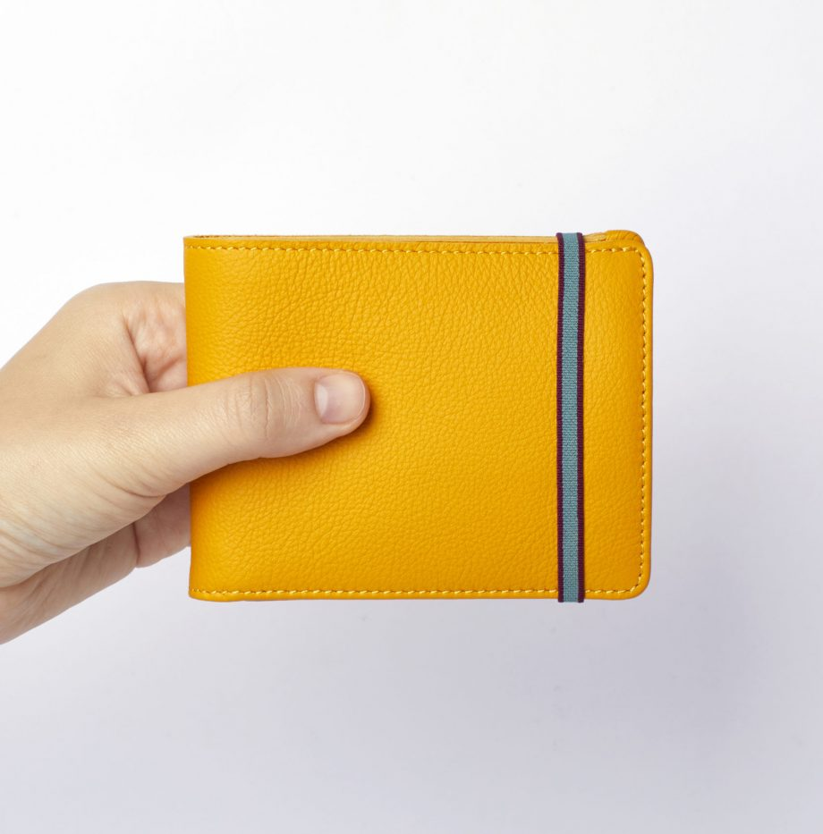 la901-jaune-yellow-minimalist-wallet-with-coin-pocket-hand-scaled