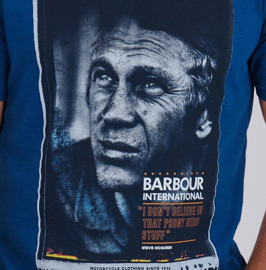 Tee-Shirt_Hero_STEVE_MCQUEEN™_Barbour_Dark_Petrol_5