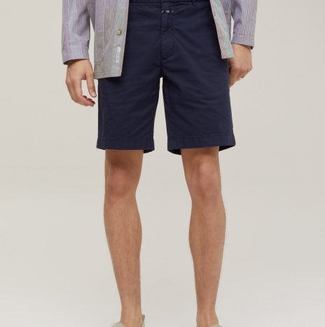 Short Chino Closed Dark Night