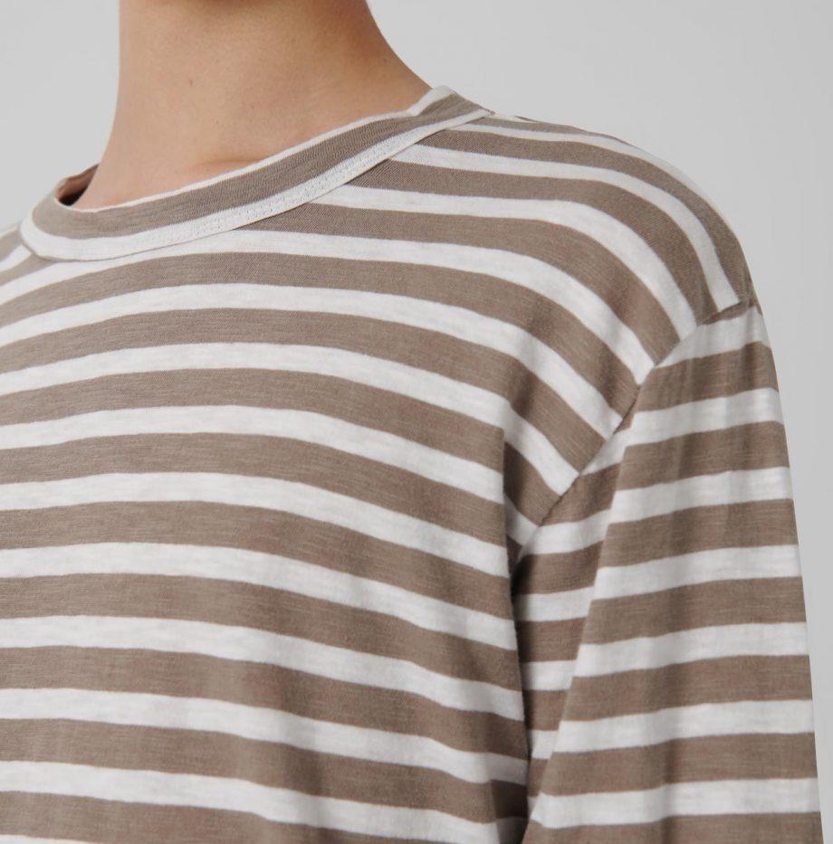 Tee-Shirt_Mar_Loreak_Mendian_Taupe:Broken_White_5