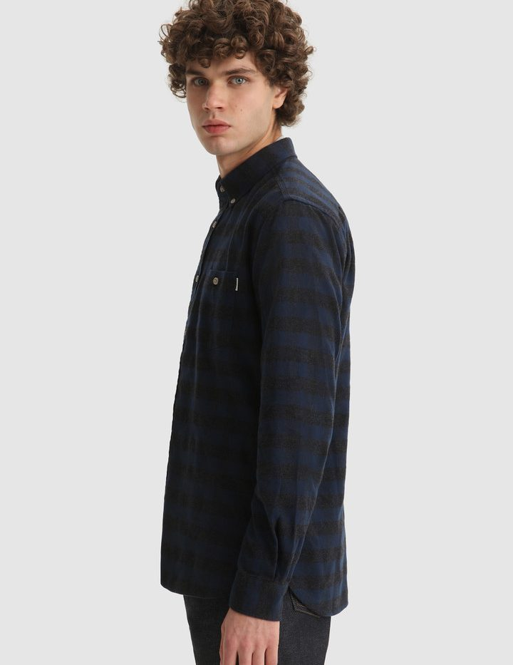x Traditional_Flannel_Chemise_WoolRich_Blue_Buffalo_3